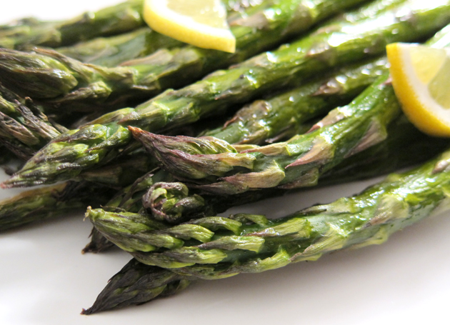 Roasted Asparagus with Chili Oil and Lemon - Hilah Cooking