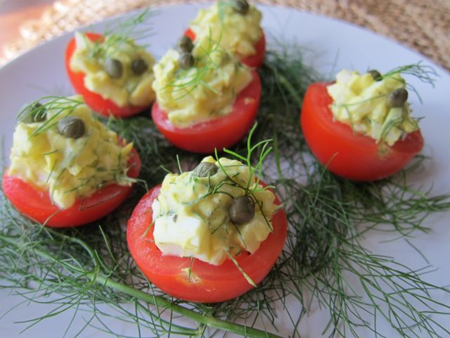kewt it s lil baby tomatoes stuffed with egg salad