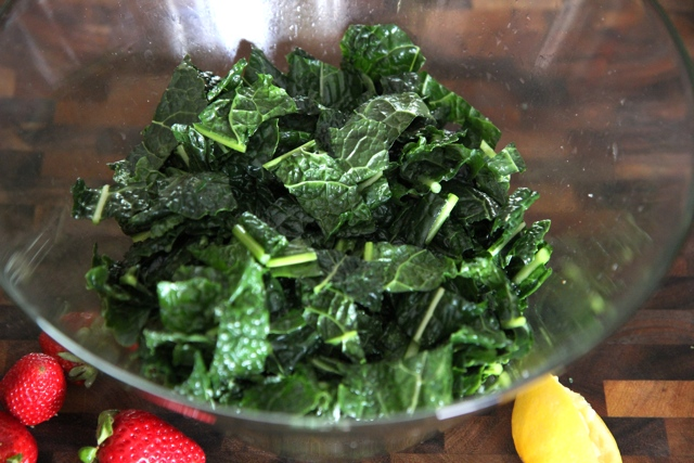 Post-massage, this kale is relaxed and ready to get down to the business of making you extra healthy