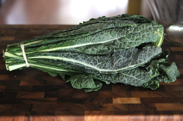 This is Lacinato -- or Dinosaur -- kale. Curly kale works, too.