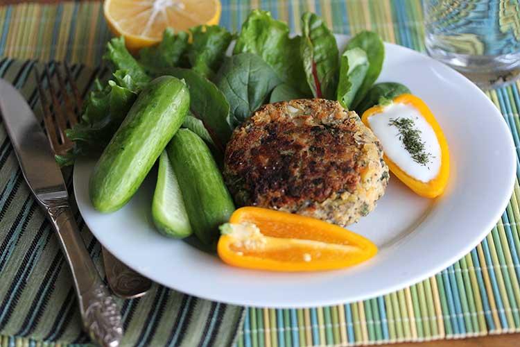Falafel Burgers - Hilah Cooking