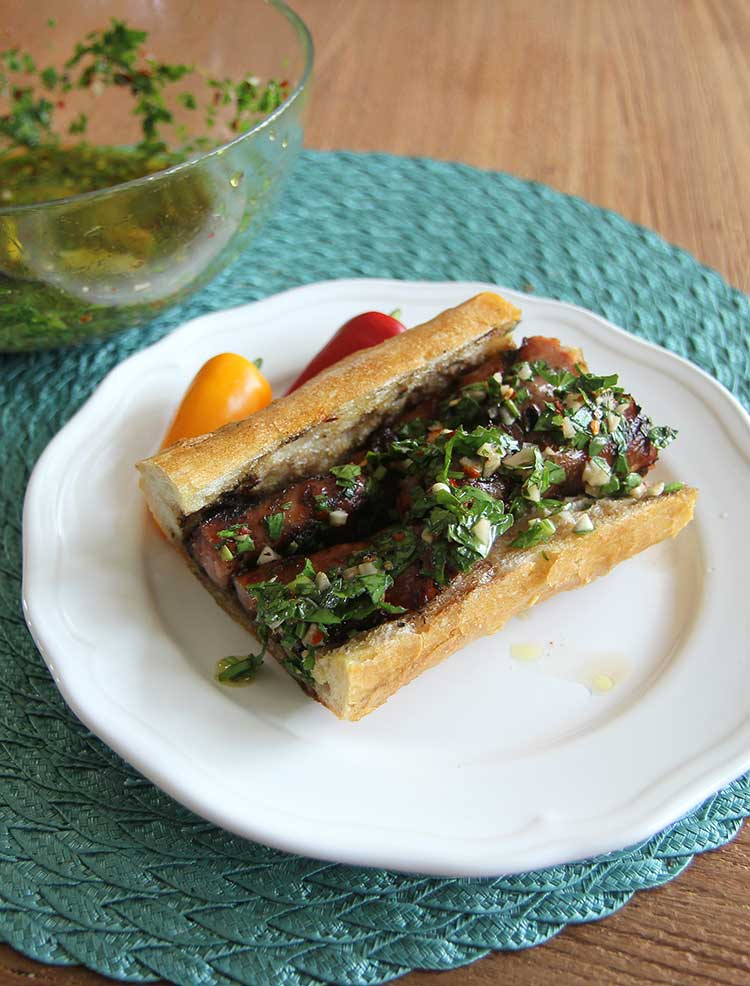 choripan with chimichurri