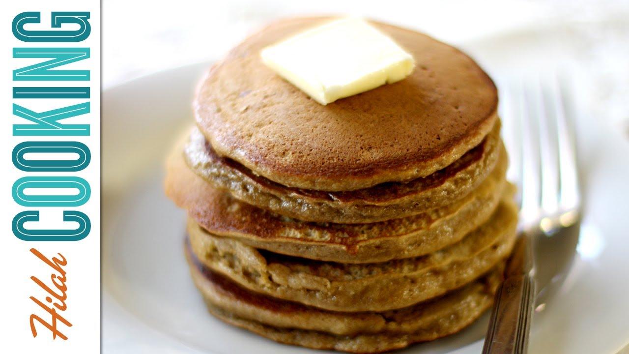 Apple Gingerbread Pancakes - Hilah Cooking