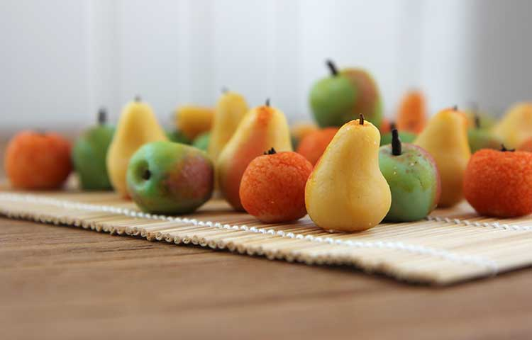 Make Marzipan Fruits Make Marzipan Fruit
