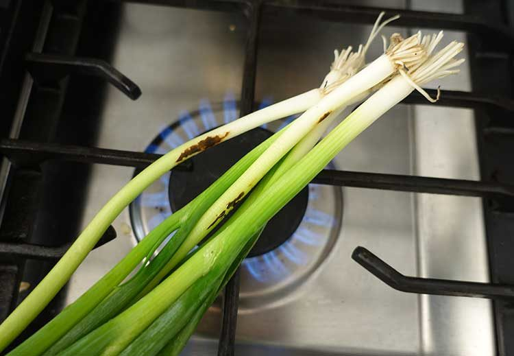 Roasting green onions for the salad