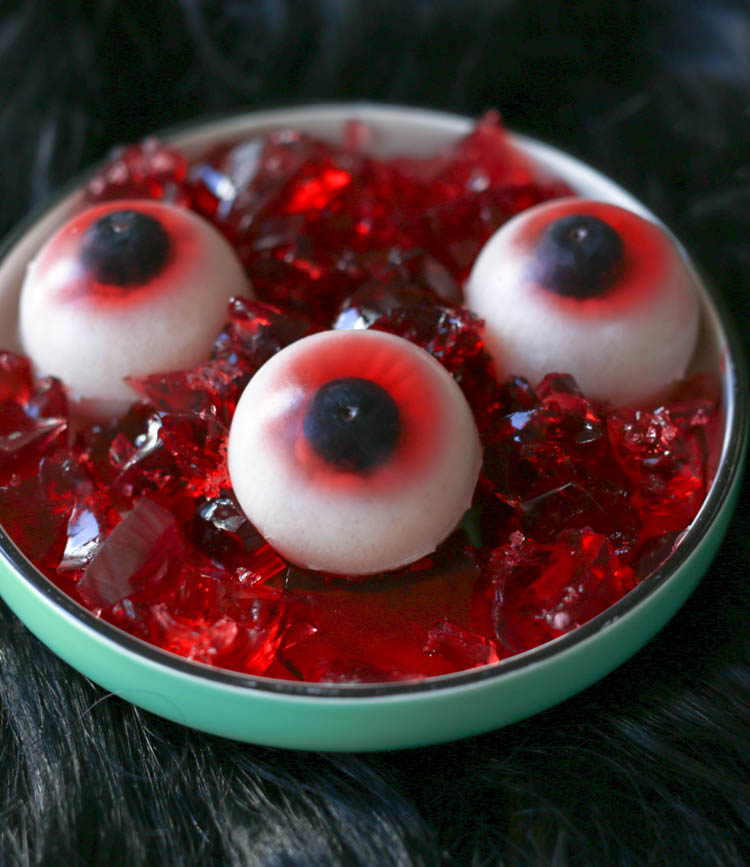 Learn how to make these creepy candy eyeballs, and tune in to Food Network's Halloween Baking Championship on Mondays at 9|8 c for more ghoulish baking ideas.