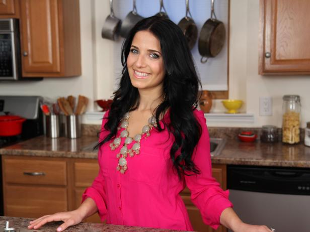 hhh022 interview with laura vitale - hilah cooking