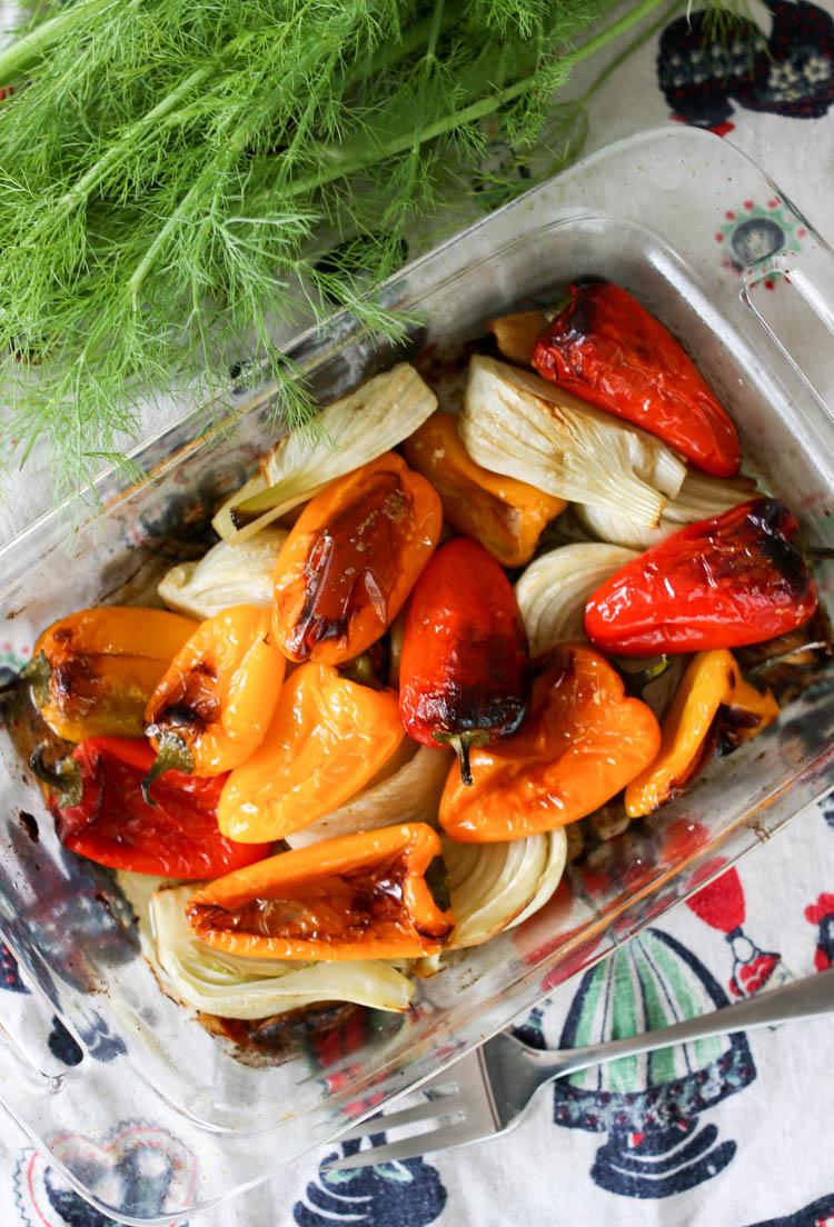 5-ingredient roasted fennel and peppers makes a healthy, simple side dish or rustic pasta sauce