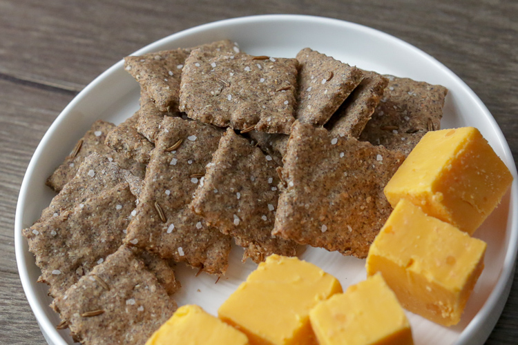 Simple, easy cracker recipe made with whole wheat and buckwheat flour. This cracker recipe has only 5 ingredients and are simple to make. Add fennel seed, caraway seed, cumin or celery seeds to customize your healthy homemade crackers