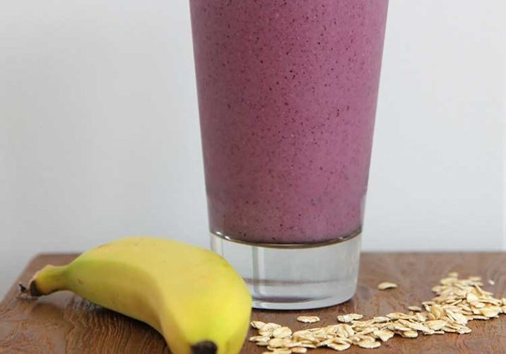 berry-banana-oat-smoothie
